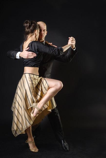Vot Dansatori